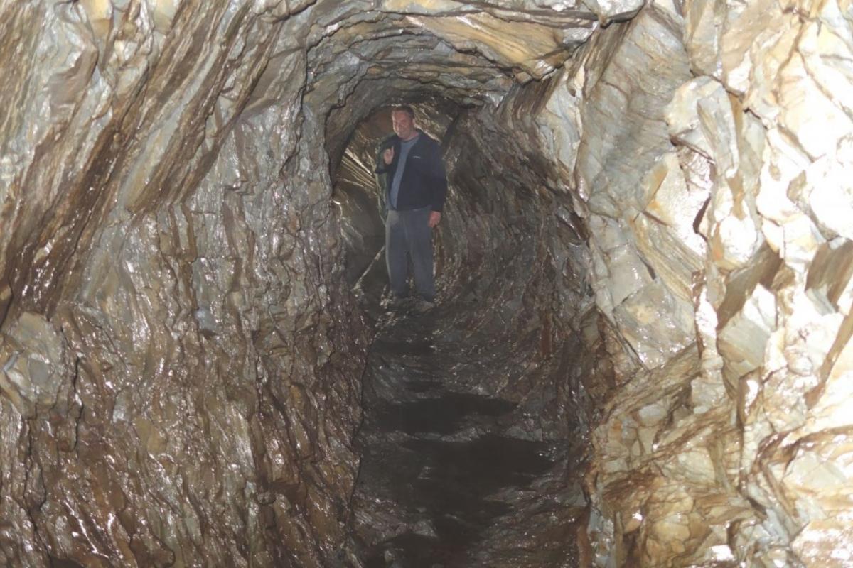 Cave-near-Hafod-2