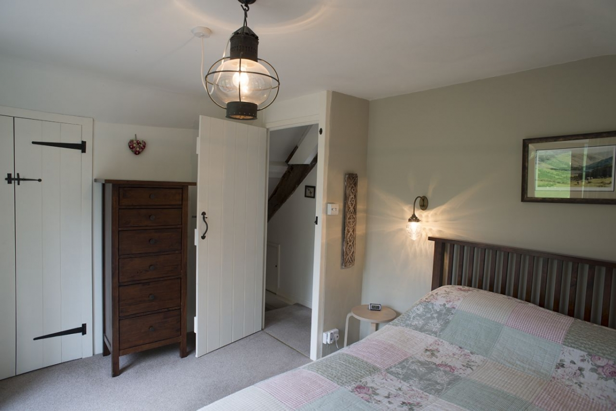 Penroc-double-room-with-balcony-over-the-valley