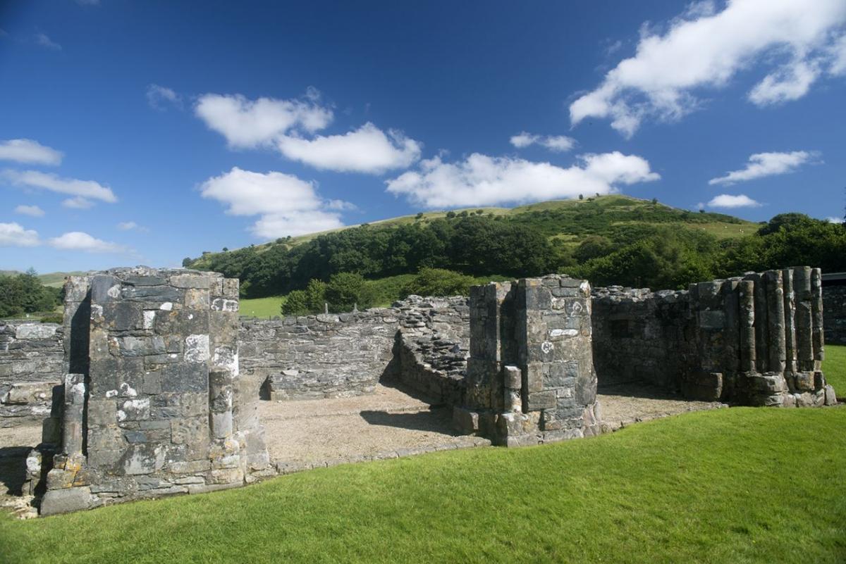 Strata-Florida-Abbey-ruins-near-Cwmystwyth