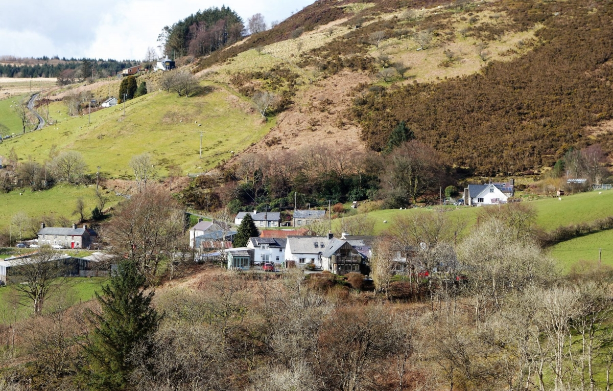 Welsh-Hideaways-and-village-view