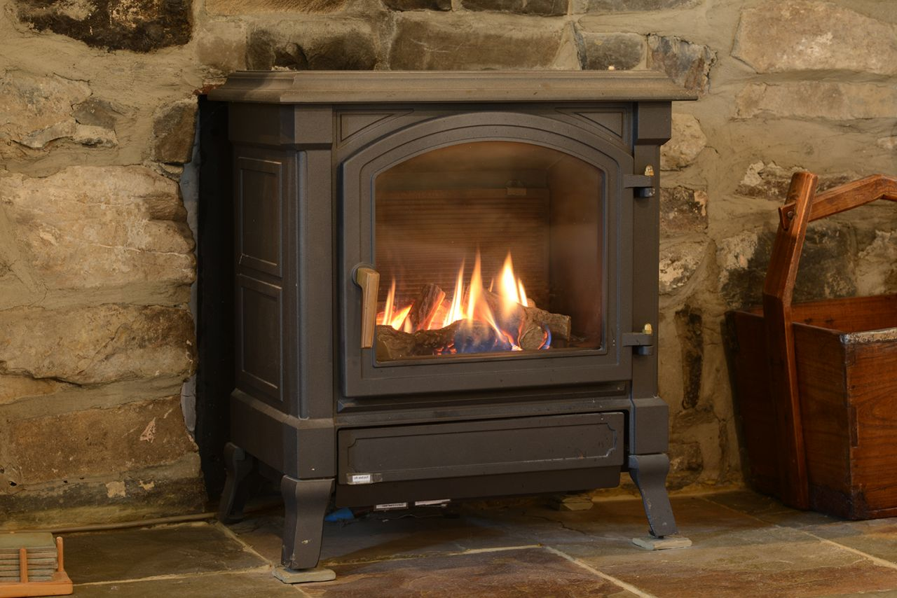Our stove keeps you cosy in our holiday cottage, even in mid-winter