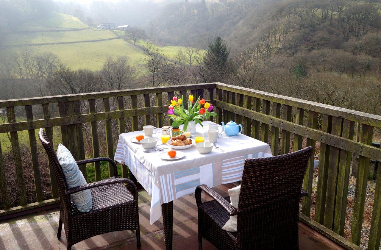 Breakfast on Penroc holiday cottage balcony